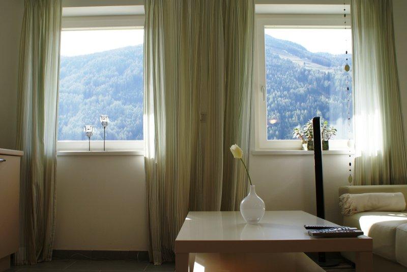 http://landler-ahrntal.it/wp-content/uploads/2014/04/ferienwohnung-ahrntal-speikboden-04-800.jpg